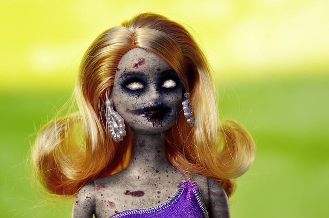 doll-2554683_640